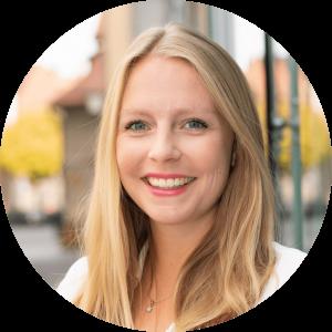 """""""Durch meine Mitgliedschaft bei cogita konnte ich meinen Horizont erweitern – in fachlicher, persönlicher und zwischenmenschlicher Hinsicht."""" Alexandra, 28, Alumna"""