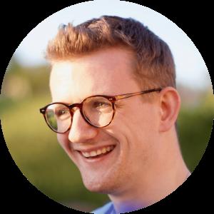"""""""Für mich steht cogita für die Entwicklung und Umsetzung innovativer Konzepte in einem dynamischen und interdisziplinären Team."""" - Stefan, 31, Alumnus"""